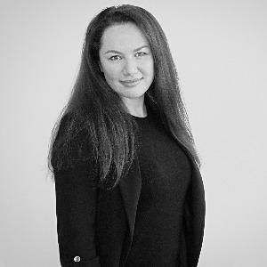 Alina Kramer